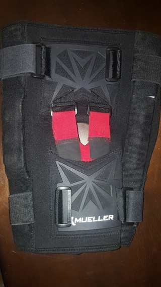 Mueller Metal Hinged Knee Support Brace - XL