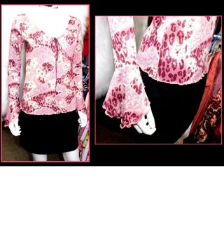 Beautiful Pink BELL Sleeve Pixie Blouse Shirt Top Ladies Small