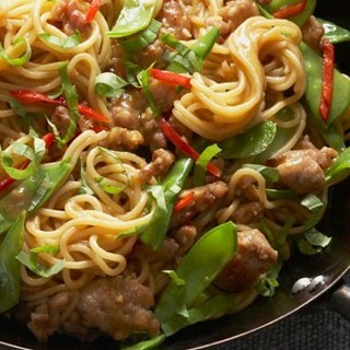 ✿✿ Chicken Chow Mein Recipe ✿✿