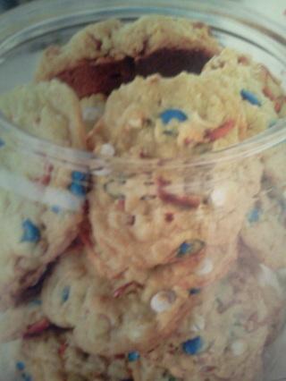 M&M Pretzel Cookies