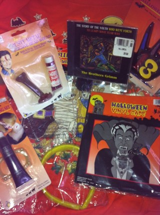 """BRAND NEW>>HALLOWEEN ITEM'S PLUS A PENGUIN FOR """"DOG'S"""" Halloween Pet Costume!***   FREE SHIPPING!"""