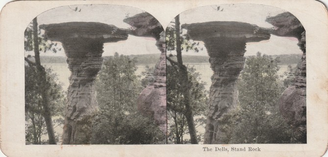 Vintage Early 1900-1920 Stereograph, Photo card: Wisconsin Dells: Stand Rock