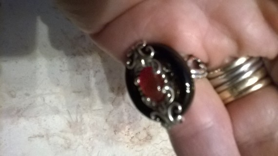 Carolyn Pollack Sterling Silver Black Agate and Carnelian Gemstone Size 5