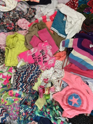 GIRL'S CLOTHING LOT BABY -to- TODDLER CLOTHES STUFFED LARGE BOX #4