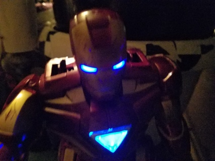 13' Iron Man Walking -Talking Rc Robot