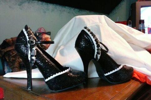 Ellie Black glitter high heels