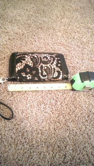 BAKERS WRISTLET. ( GIN = FREE SHIPPING)