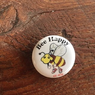 """1 1/2"""" button / badge Bee happy"""