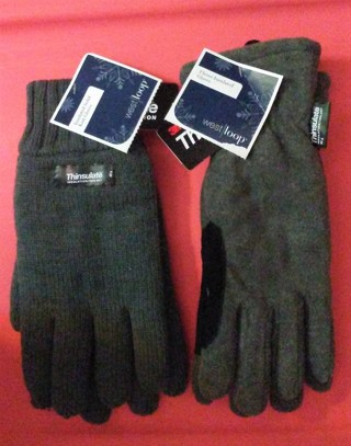 New Men & Women 3M Thinsulate Gloves You Get Both