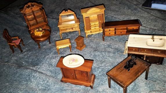 Large Lot OF Miniature Furniture Lot Dolls Collectors