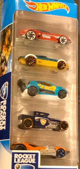 "BNIB ""HOT WHEELS - Rocket League"" 5 Piece Car Set"