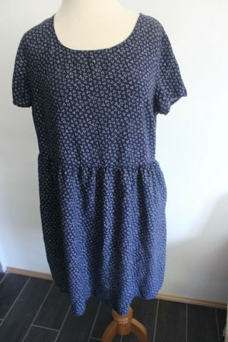Old Navy 100% Rayon Dress Size Large Small Geometric Pattern Short Sleeve.