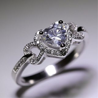 [GIN FOR FREE SHIPPING] Love Heart Topaz CZ Band 925 Silver Wedding Ring