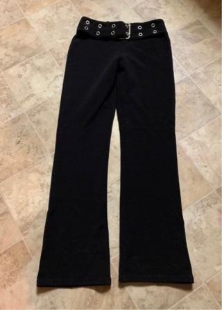 CUTE! JUNIOR WOMENS BLACK DRESS PANTS W/BELT