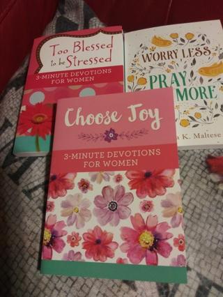 3 Prayer books for women