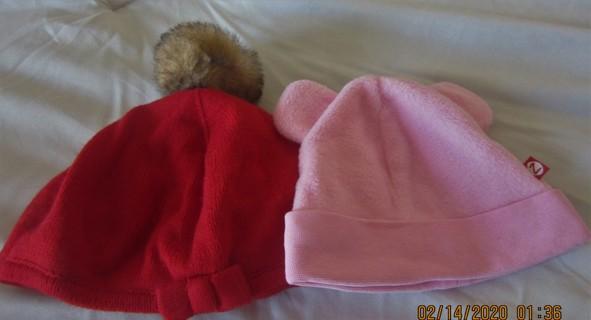 2 Baby Hats