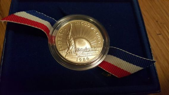 1986 proof Liberty half dollar commemorative - nice high grade gem coin in OGP