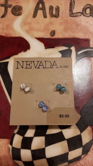 3 new sets of earrings by NEVADA