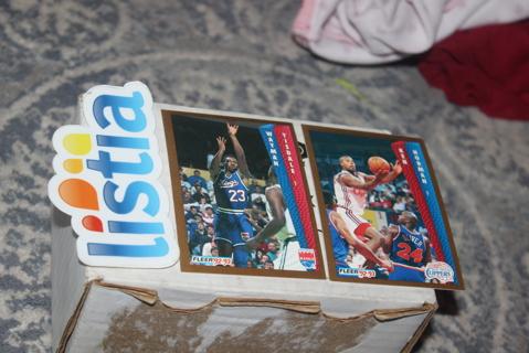 (2) 1992 1993 Fleer Tony's Pizza NBA Basketball Cards RARE