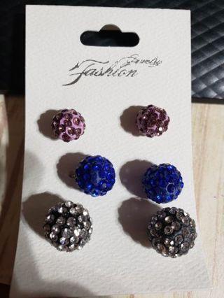 7 pair earrings