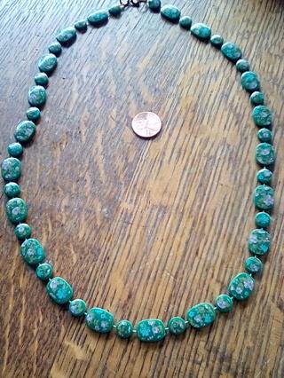 Green plastic flower ,retro necklace