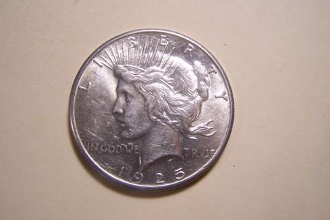 AMAZING BU Silver 1925 Peace Dollar