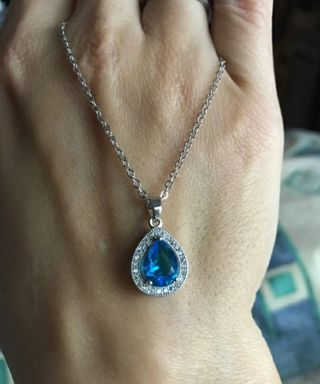 SILVER PLATED AUSTRALIAN BLUE GEMSTONE NECKLACE WITH CRYSTAL STUD EARRINGS