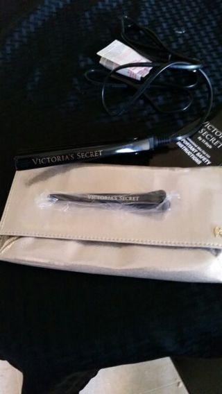 Victoria secret flat iron