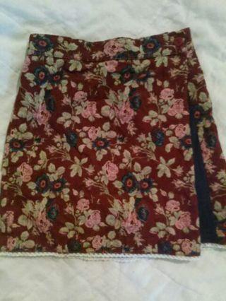 Laura Ashley 4t girls skirt