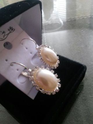 Exquisite Costume Pearl & Cz Earrings