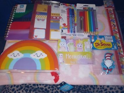❤NEW UNDATED RAINBOW PLANNER BUNDLE+ STICKERS+PAGE MARKERS+PENS +PENCILS & MUCH MORE!❤