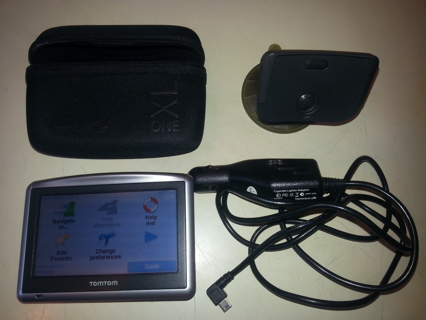 "Tom Tom One XL: GPS, 4.3"" Screen, Long Battery Life, All Accessories Included, Excellent Condition!"