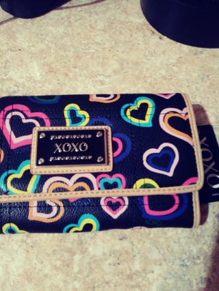 New>XOXO's wallet by Persuade