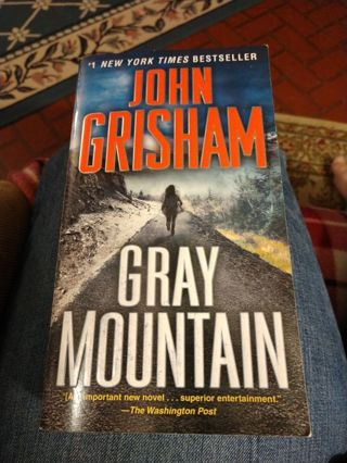 Gray Mountain by John Grisham (paperback)