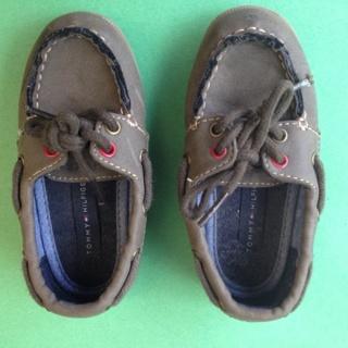 Cute Little Boys Tommy Hilfiger Shoes Size 7