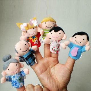 [GIN FOR FREE SHIPPING] 6PCs Family Finger Puppets Cloth Doll Educational Hand Toys