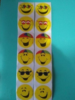 Emoji big 10 pc. Nice round sticker set lowest gins Nice stickers! No lower I'll keep first!