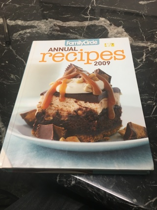 Hard Cover Family Circle Annual Recipe Book 2009
