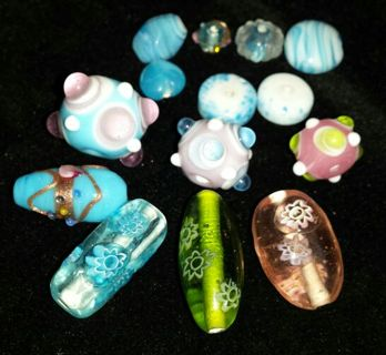 Lot of handmade unique Lampwork Glass beads