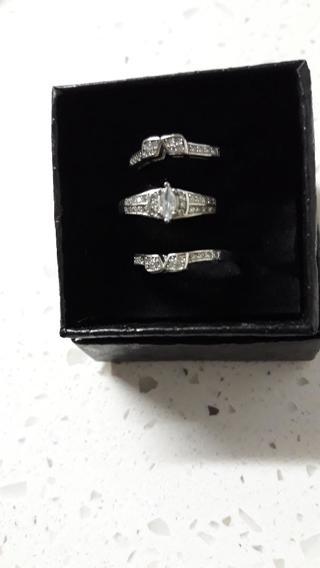 Triple Ladies Wedding Rings