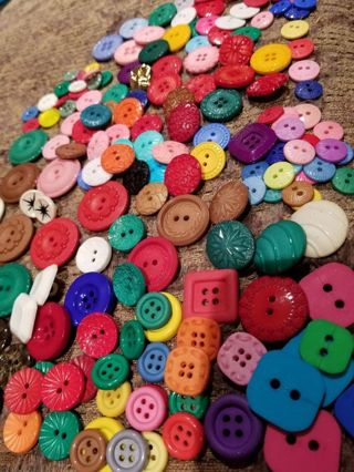 BUTTONS, NEW, 125 COUNT