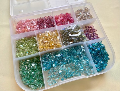 Mega lot Beautiful lustrous AB glass chip beads in case! GIN bonus lot of cats eye chip beads!!