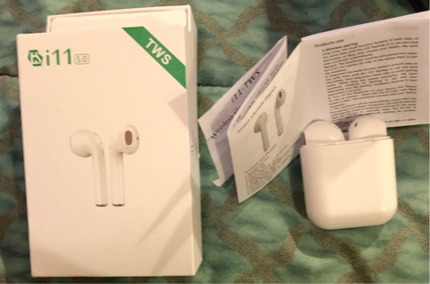 BNIB Set Of White Wireless Stereo Earphones. Charging Cable & Case. Instructions Incld