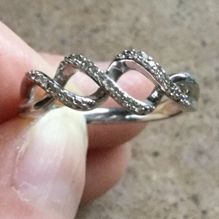 Real diamond swirl ring sz 7