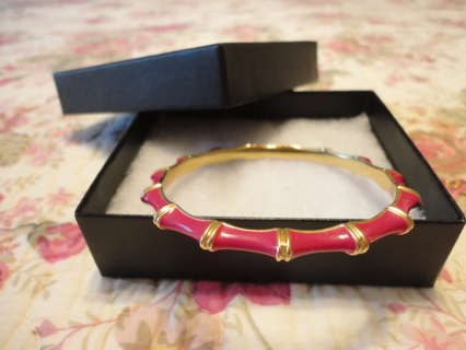 STELLA  & DOT FUCHSIA AND GOLD BANGLE!!!
