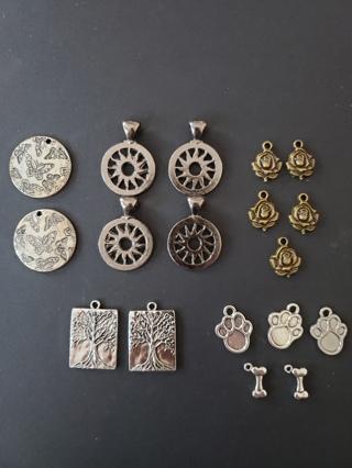 (5) Set Destash Pendants & Charms