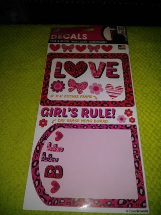 ❤✨❤✨❤️BRAND NEW SHEET OF GLOSSY DRY-ERASE LOVE/BFF/GIRLS RULE DECALS/PICTURE FRAMES❤✨❤✨❤ONLY 1!