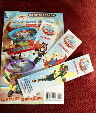 Kid's Lot - DC SUPER HERO GIRLS! 3 Bracelets,Comic book, Bookmarks-Wonder Woman, BatGirl, SuperGirl